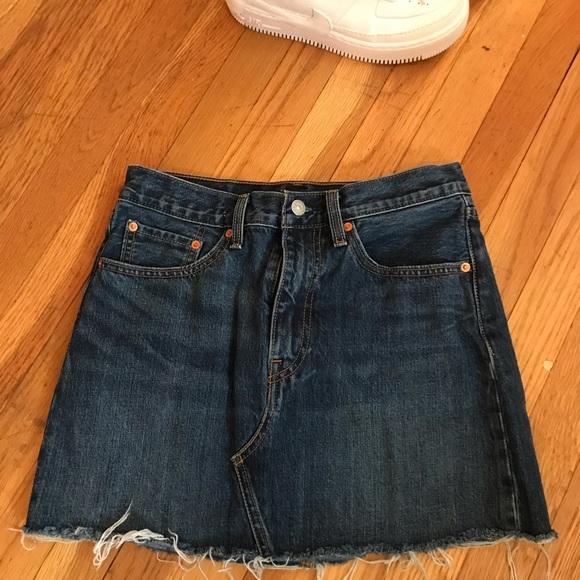 Levi's Dresses & Skirts - Levi's skirt size 27